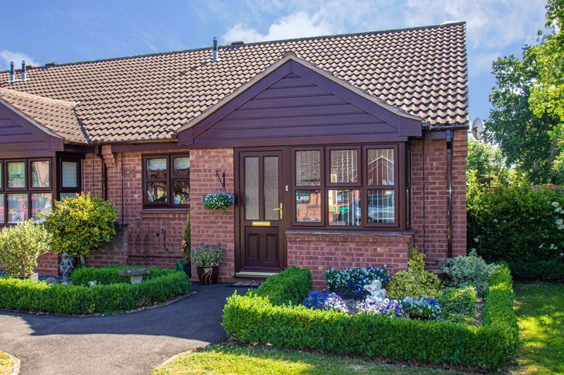 2 bed bungalow for sale in Naseby Close 1