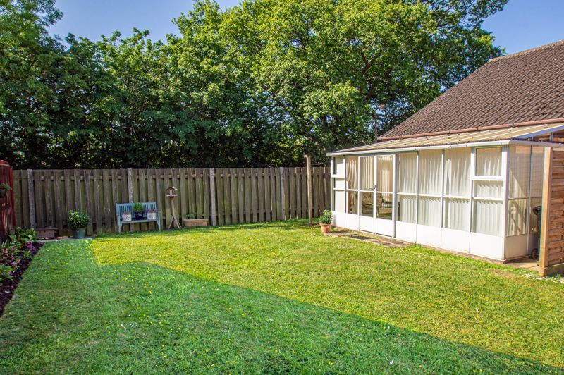 2 bed bungalow for sale in Naseby Close 11