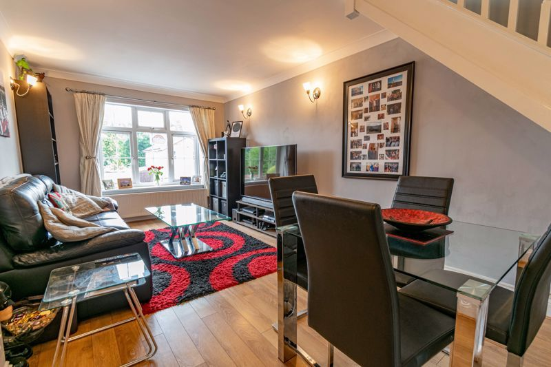 4 bed house for sale in Painswick Close 12