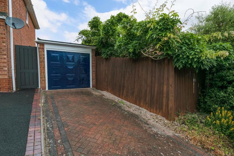4 bed house for sale in Painswick Close  - Property Image 15