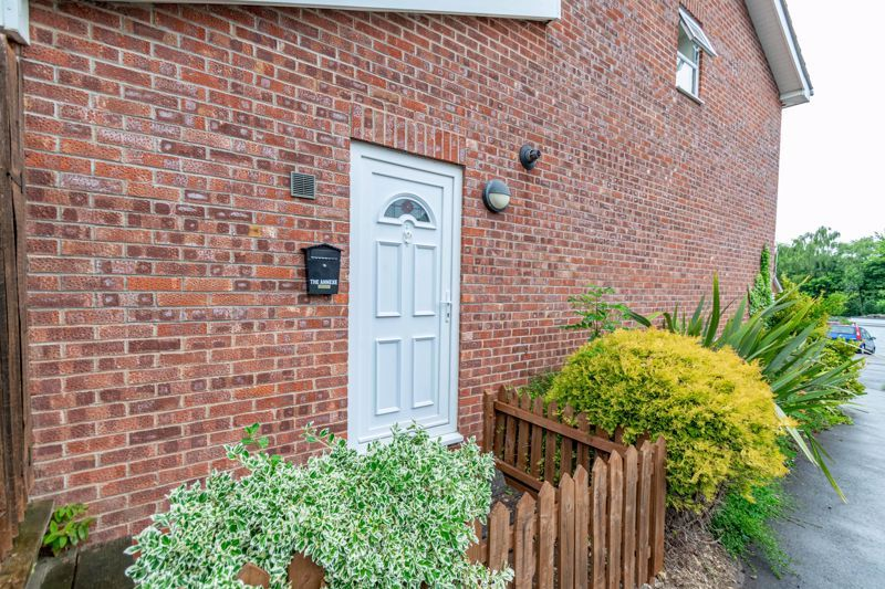 4 bed house for sale in Painswick Close 16