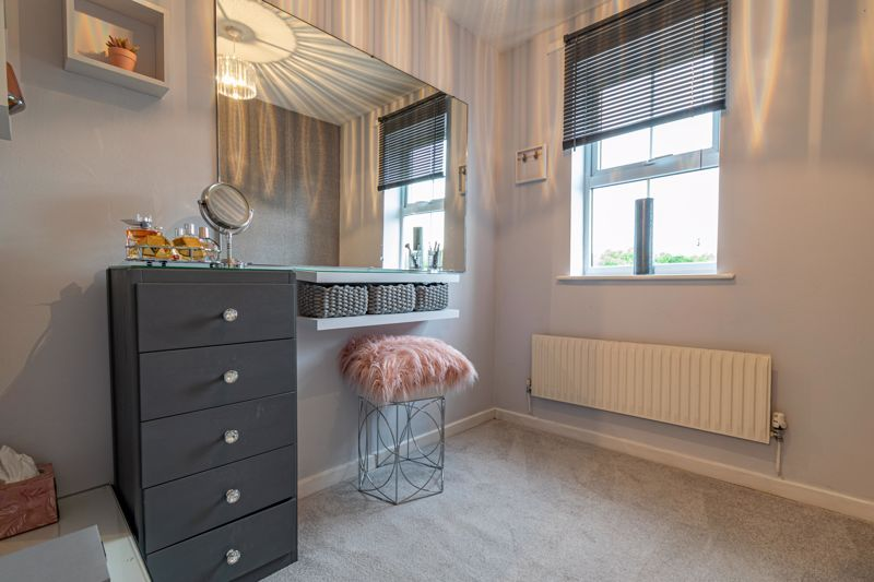 4 bed house for sale in Painswick Close 7