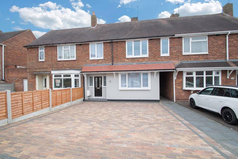 3 bed house for sale in Sandfield Road 1