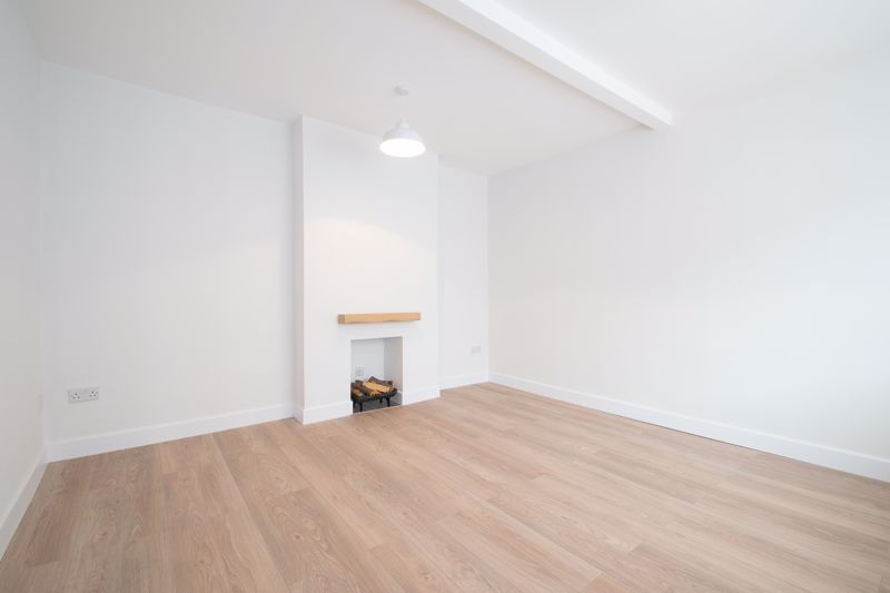 3 bed house for sale in Sandfield Road 2