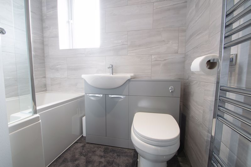 3 bed house for sale in Sandfield Road 12