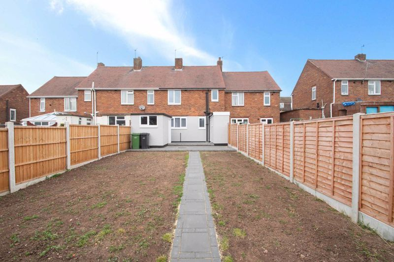 3 bed house for sale in Sandfield Road 13