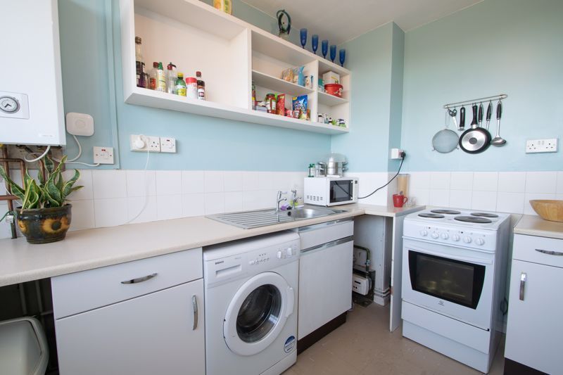 1 bed flat for sale in Crabbe Street 5