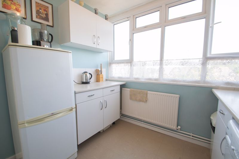 1 bed flat for sale in Crabbe Street 6