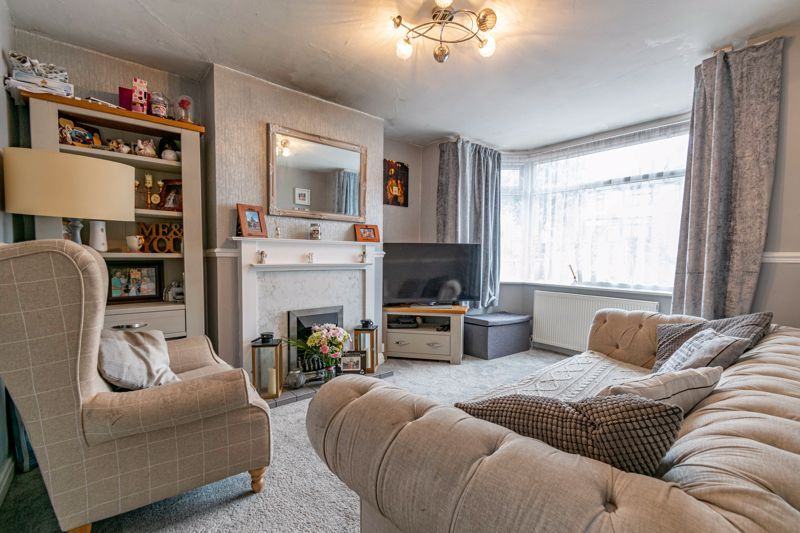3 bed house for sale in Farren Road  - Property Image 2