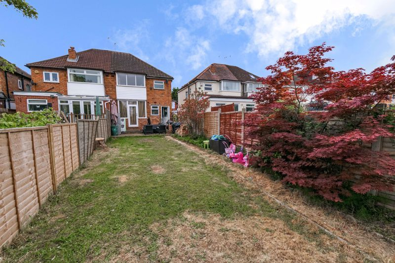 3 bed house for sale in Farren Road 12