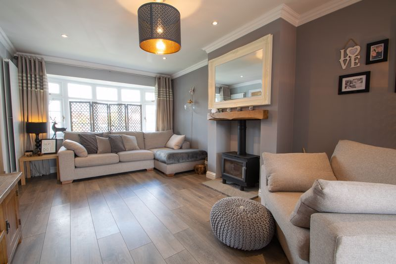 4 bed house for sale in Hyperion Road  - Property Image 2