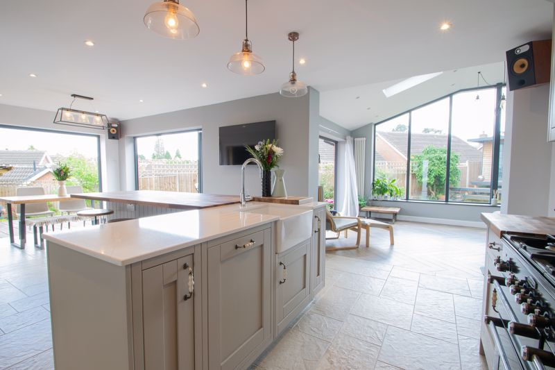 4 bed house for sale in Hyperion Road  - Property Image 15