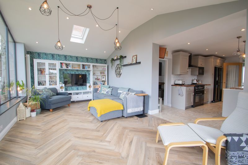 4 bed house for sale in Hyperion Road 18