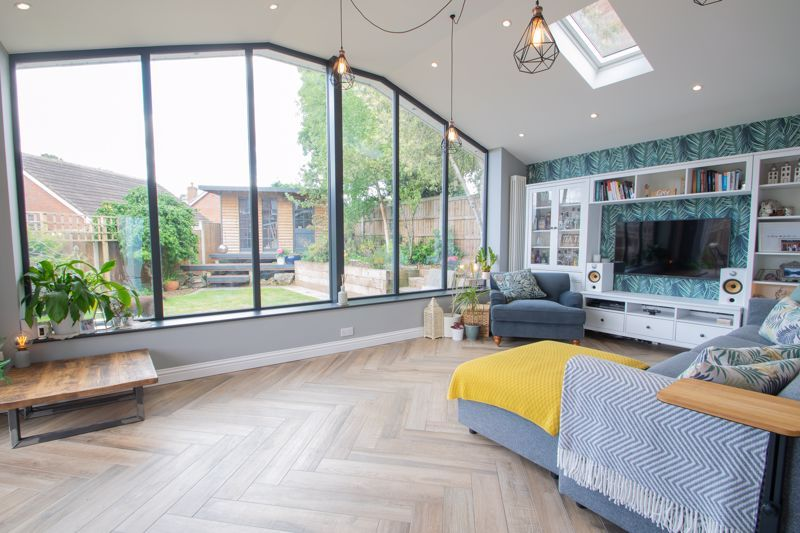 4 bed house for sale in Hyperion Road 5