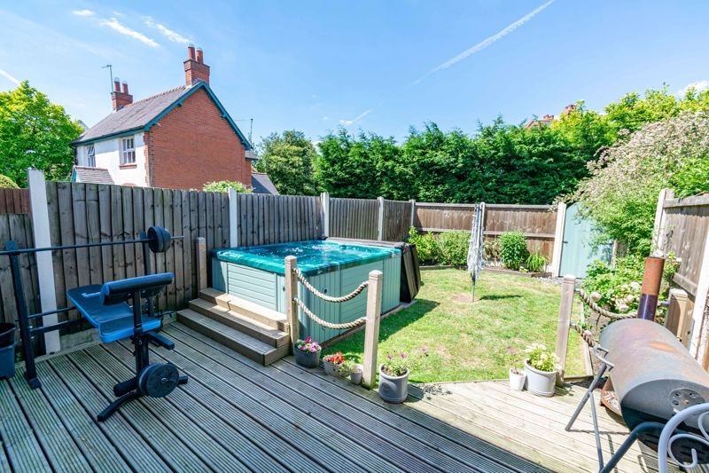 3 bed house for sale in Golden Cross Lane 11