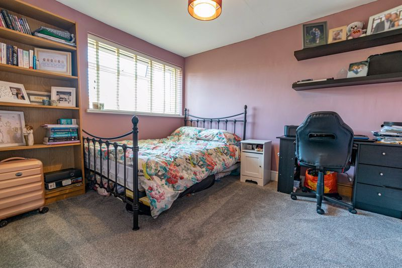3 bed house for sale in Golden Cross Lane  - Property Image 8