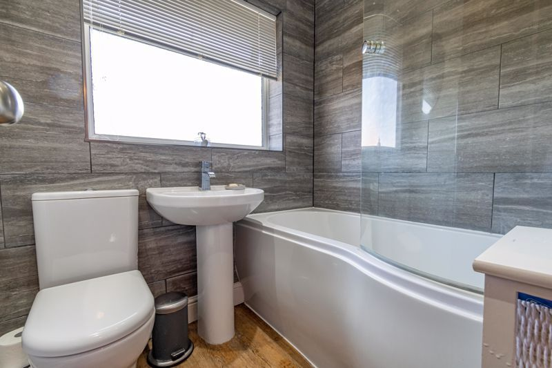 3 bed house for sale in Golden Cross Lane 10