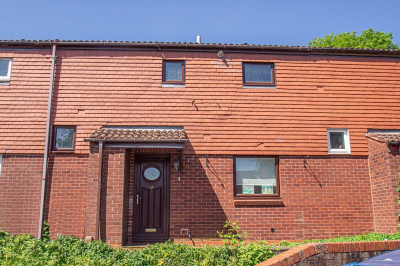 2 bed house for sale in Sandhurst Close - Property Image 1