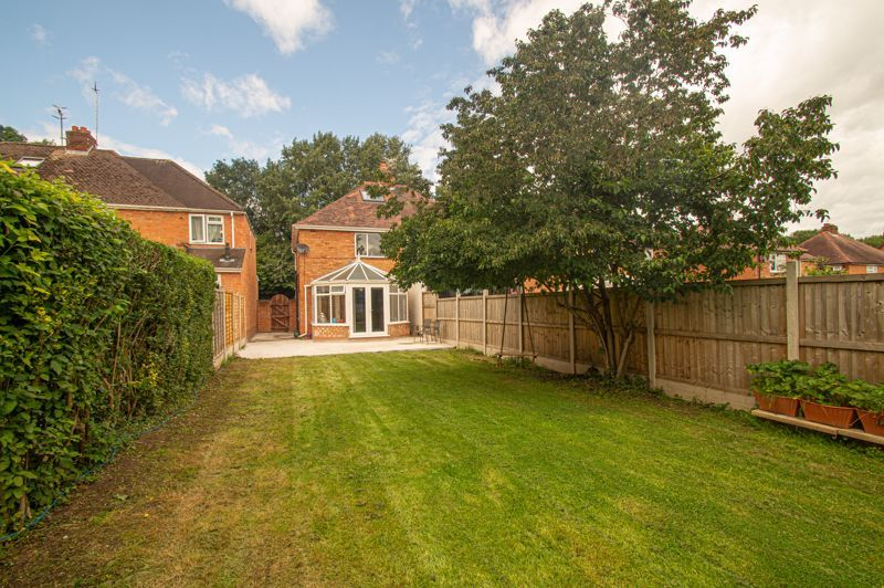 3 bed house for sale in Watery Lane 11