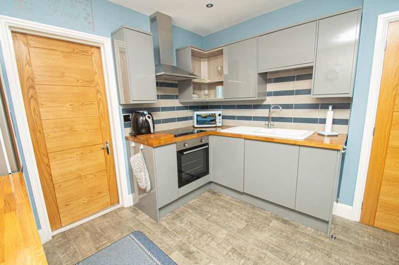 3 bed house for sale in Watery Lane 14