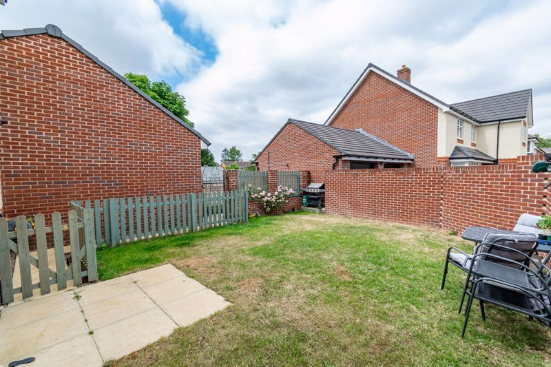3 bed house for sale in Bomford Way  - Property Image 11
