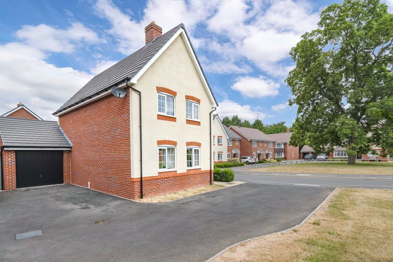 3 bed house for sale in Bomford Way 13
