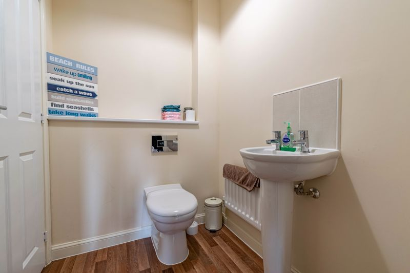 3 bed house for sale in Bomford Way 5