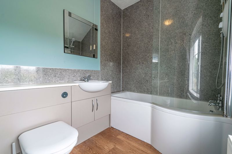 3 bed cottage for sale in Shaw Lane 12