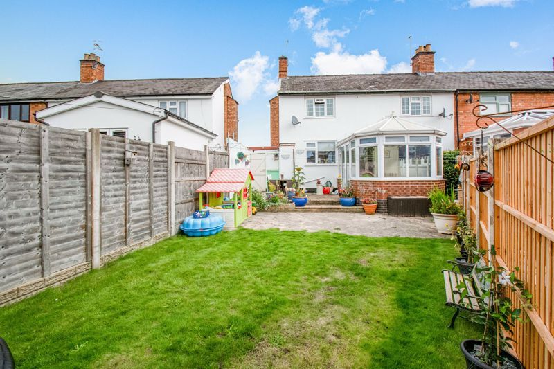 3 bed cottage for sale in Shaw Lane  - Property Image 14