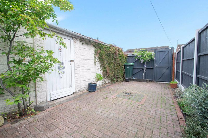 3 bed house for sale in Regis Heath Road  - Property Image 13