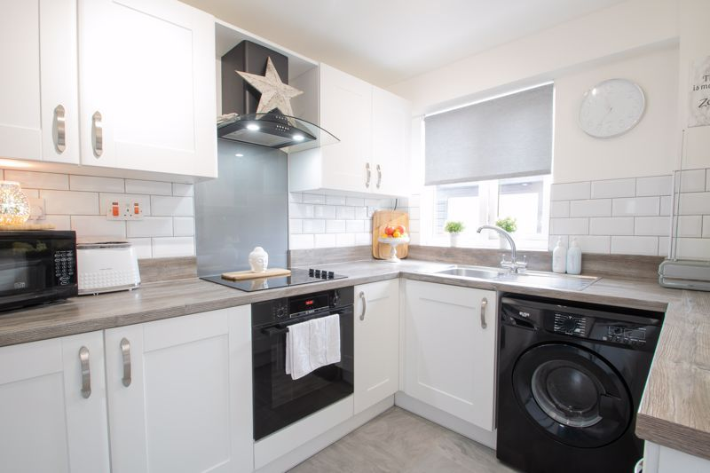 3 bed house for sale in Regis Heath Road 4