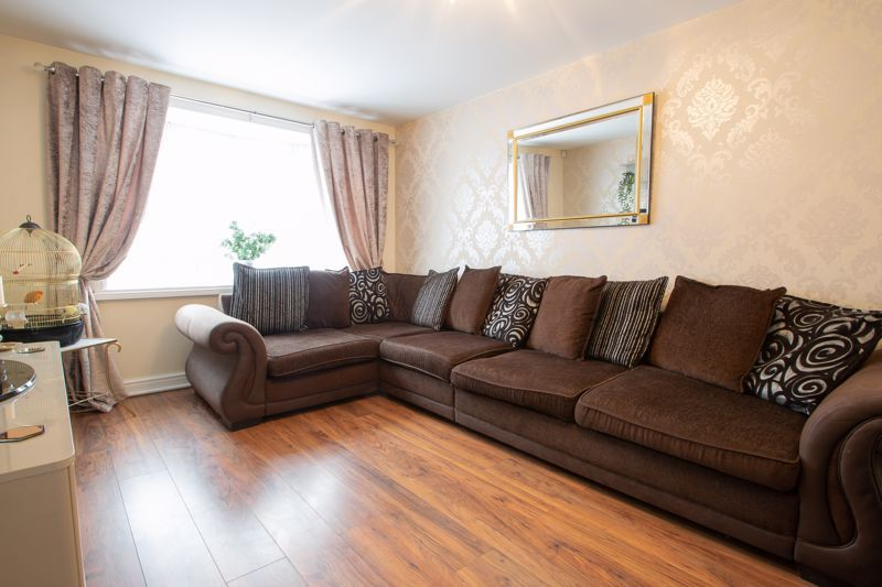 3 bed house for sale in Regis Heath Road 5