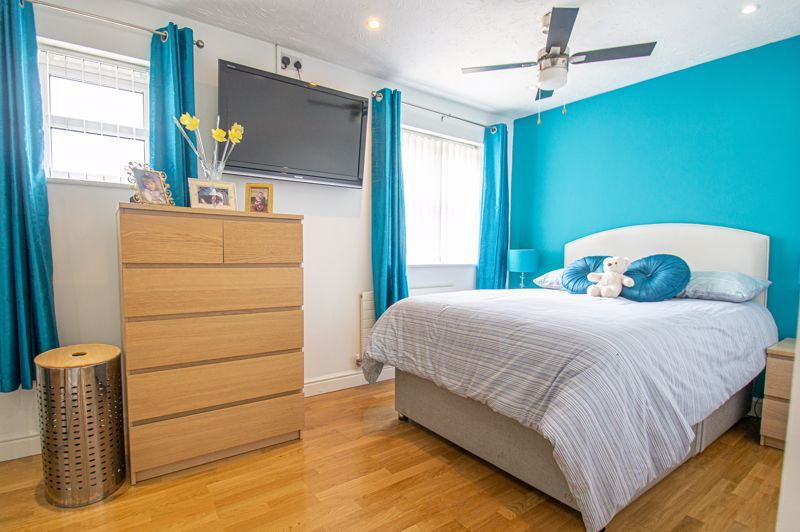 3 bed house for sale in Kite Lane  - Property Image 7
