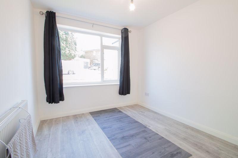 2 bed  for sale in Grange Crescent 11