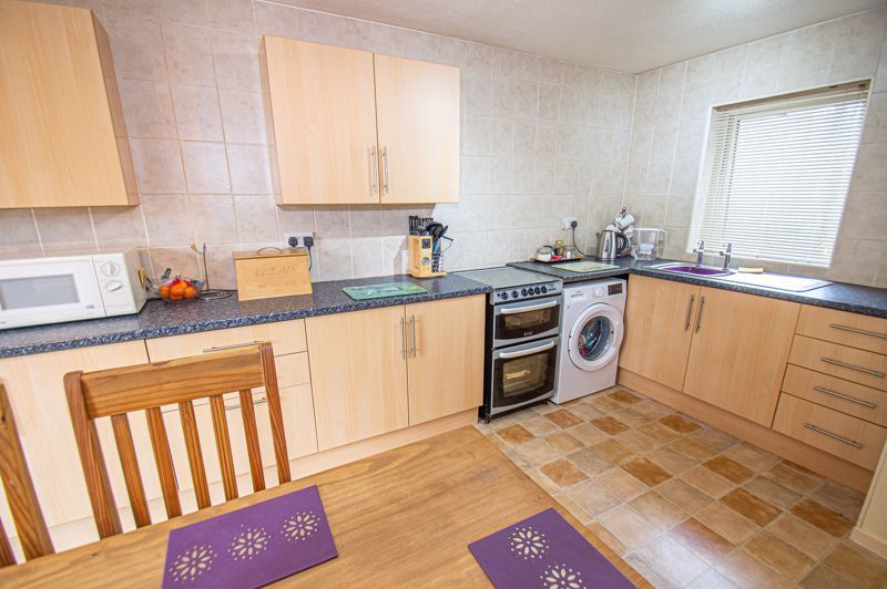 3 bed house for sale in Winforton Close  - Property Image 4
