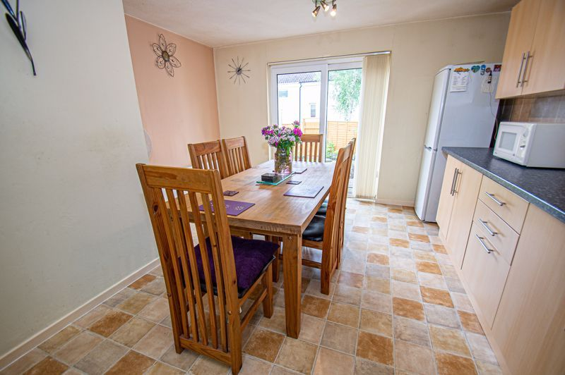 3 bed house for sale in Winforton Close 5