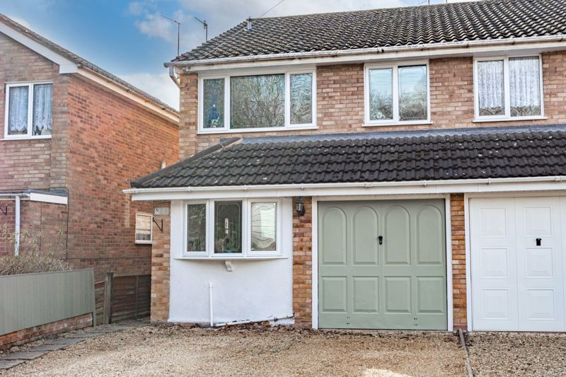 3 bed house for sale in Quantock Road 1