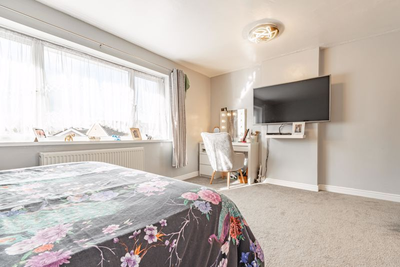 3 bed house for sale in Quantock Road 7