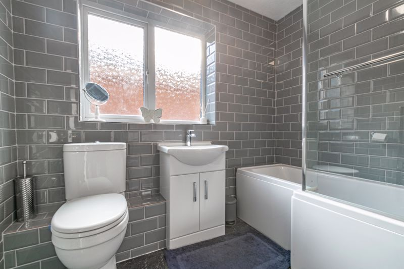 3 bed house for sale in Quantock Road 10