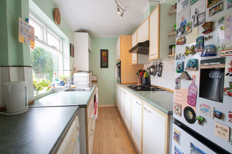 3 bed house for sale in Powke Lane 5