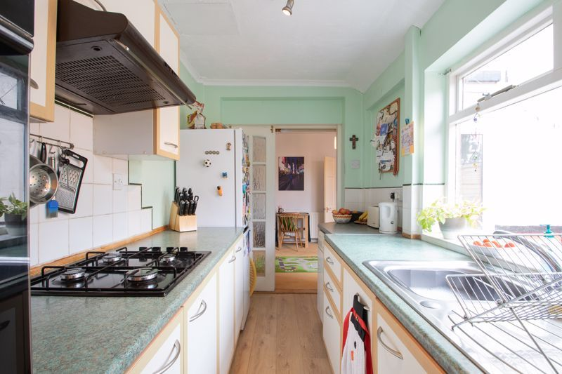 3 bed house for sale in Powke Lane 6