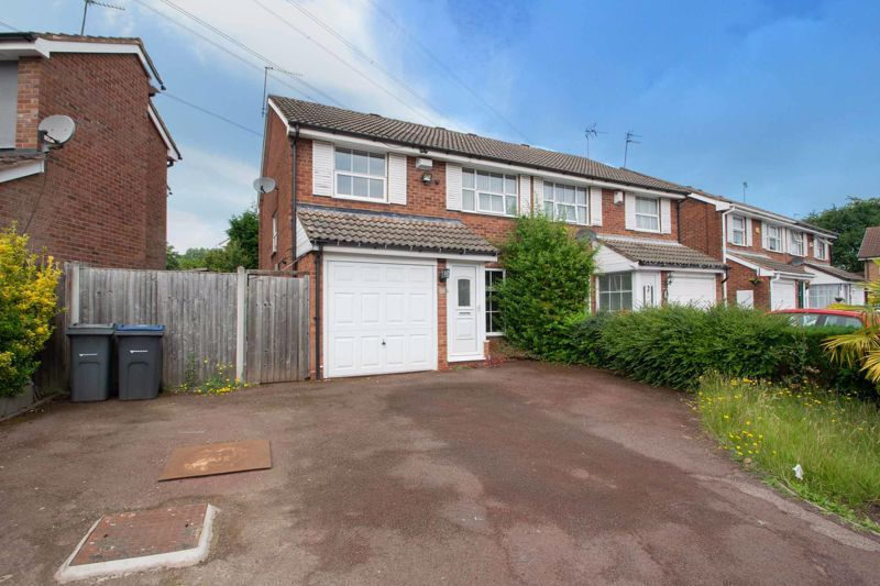 3 bed house for sale in Marshwood Croft 1