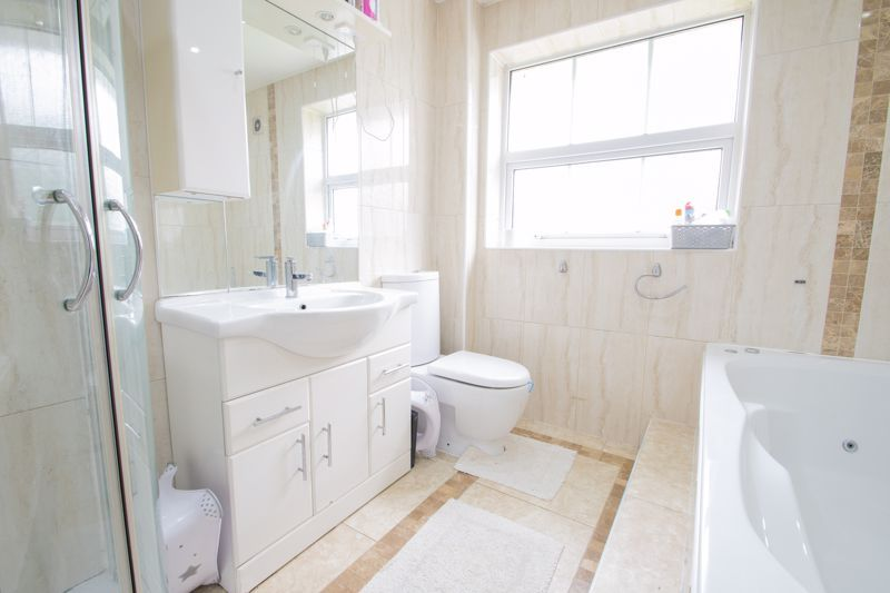 3 bed house for sale in Marshwood Croft  - Property Image 10