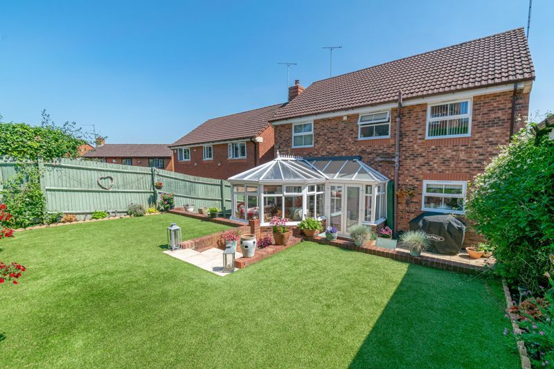 4 bed house for sale in Ettingley Close  - Property Image 13