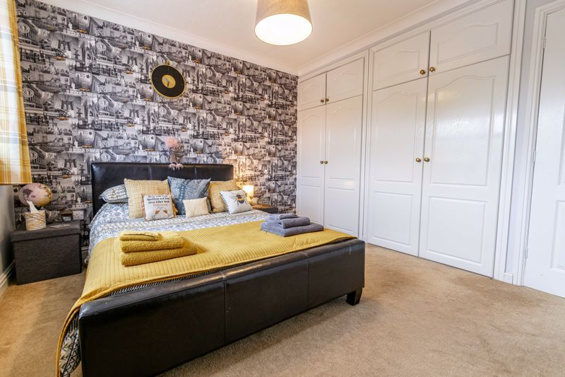 4 bed house for sale in Ettingley Close  - Property Image 17