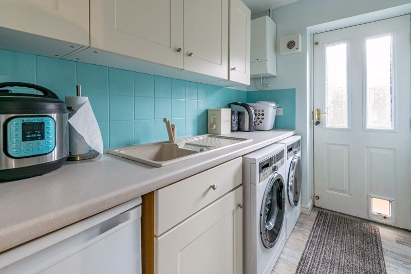 4 bed house for sale in Ettingley Close  - Property Image 18
