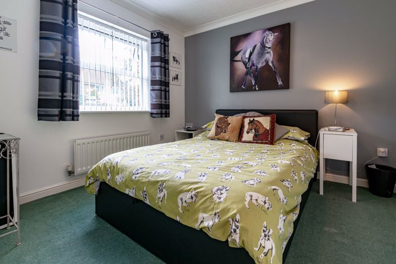 4 bed house for sale in Ettingley Close  - Property Image 10