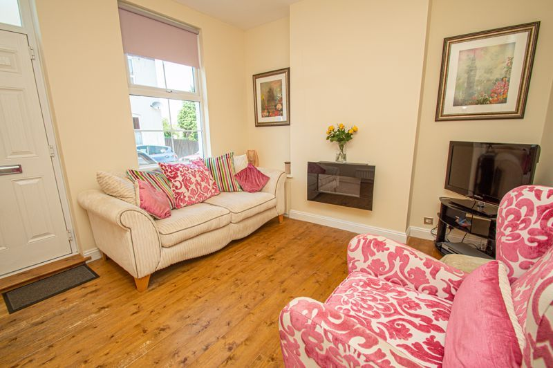 3 bed house for sale in Victoria Street  - Property Image 2