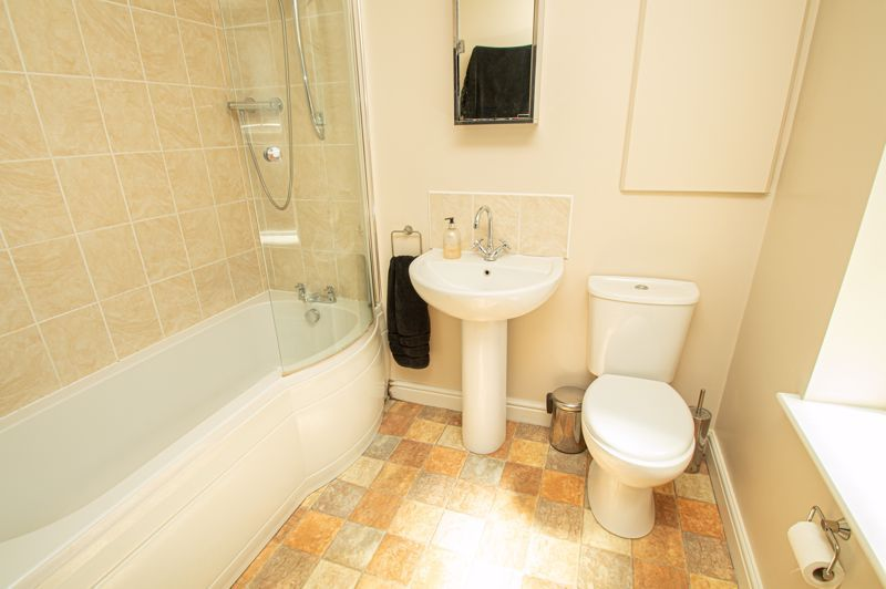3 bed house for sale in Victoria Street  - Property Image 11