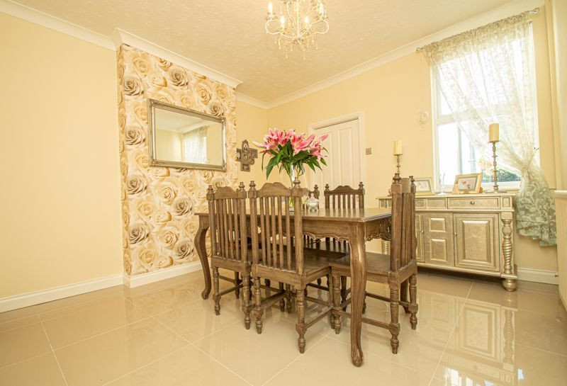 3 bed house for sale in Victoria Street 3